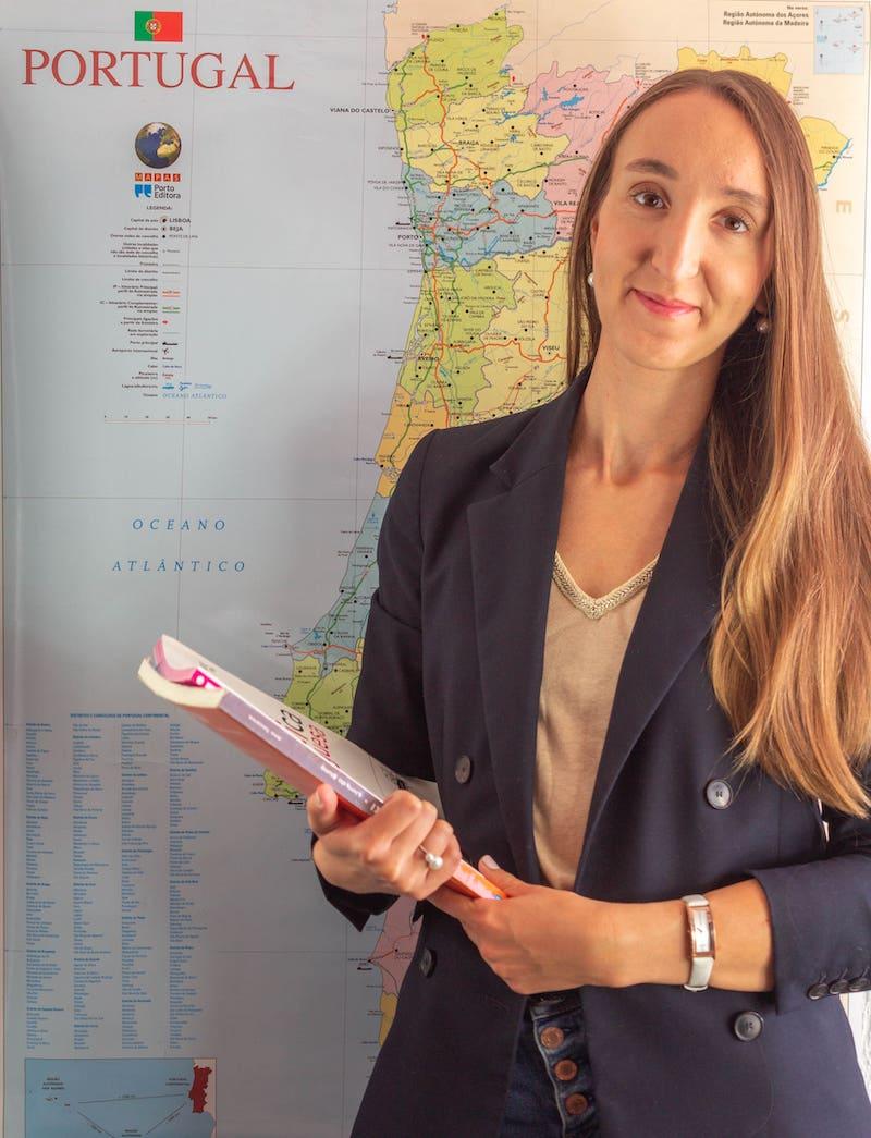 Преподователь португальского языка - Юлия