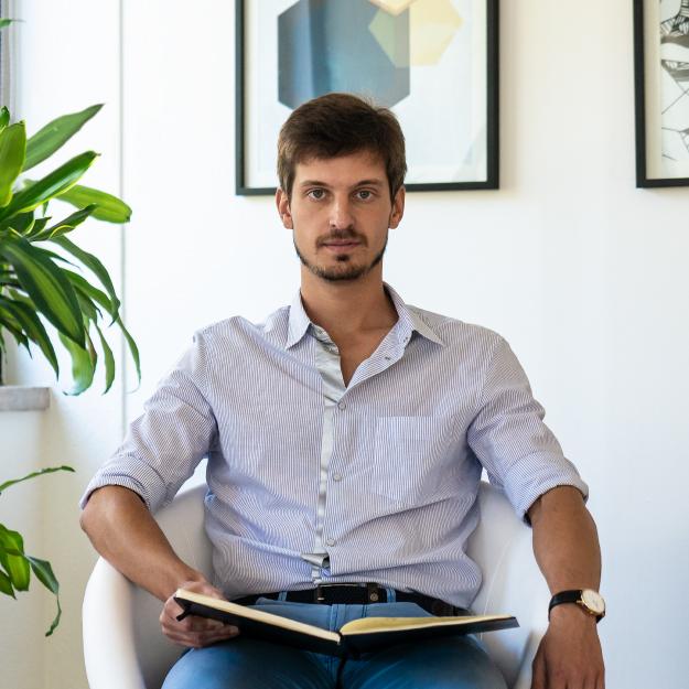 Франсишку Давид  - Ваш риелтор в Португалии